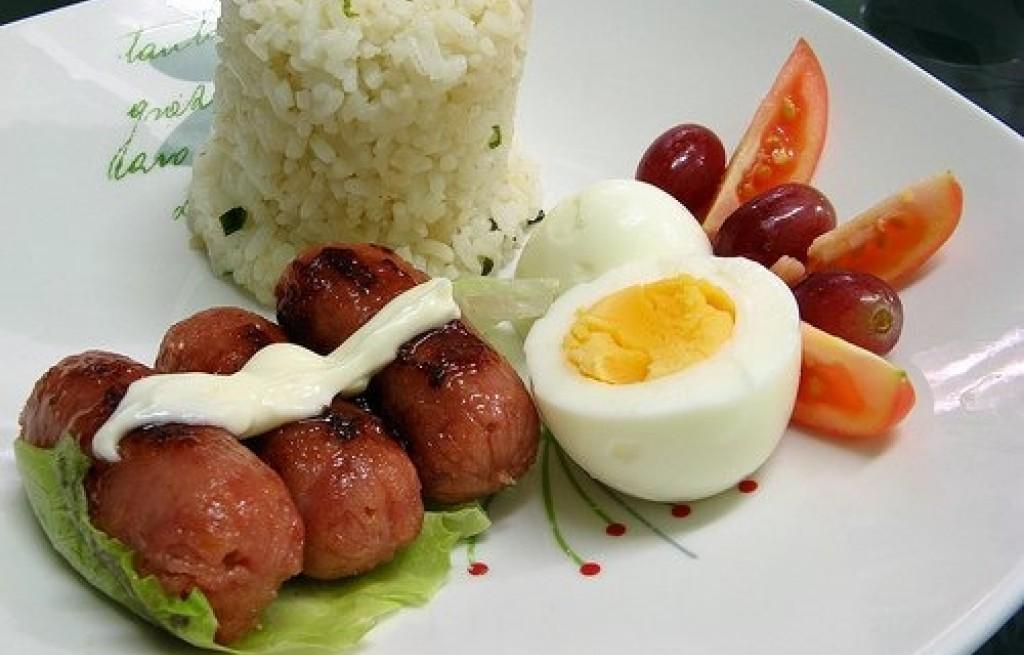 Kiełbaski z ryżem