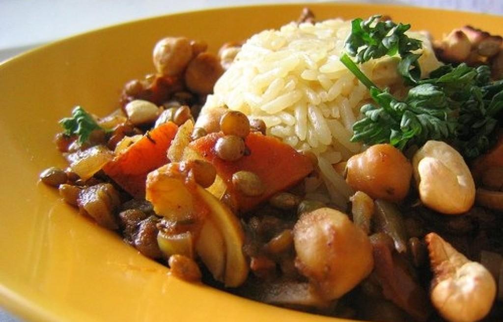 Soczewica i ciecierzyca z ryżem