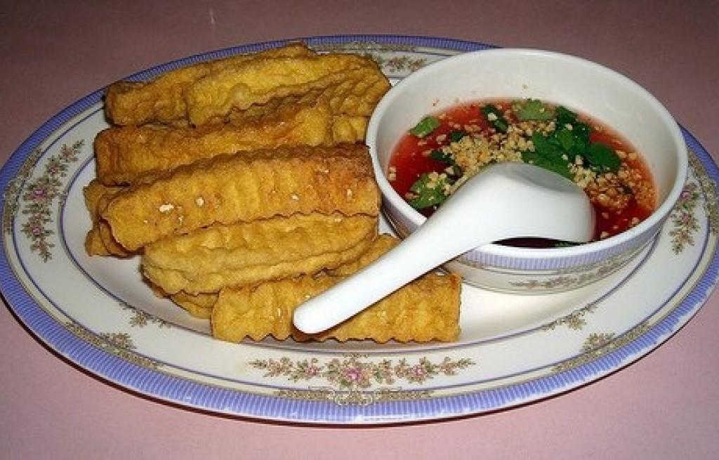 Tofu smażone z sosem