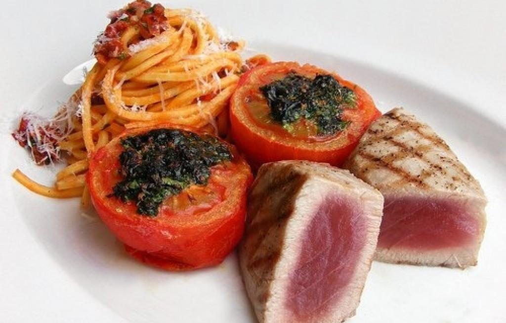 Bucatini z tuńczykiem grillowanym