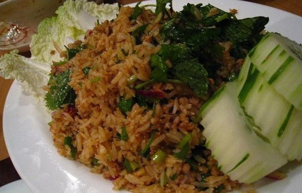 Ryż z pokrzywą i ogórkiem