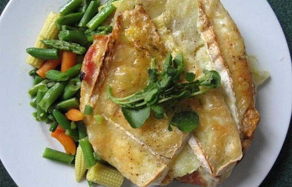 Ziemniaki zapiekane z serem i fasolką