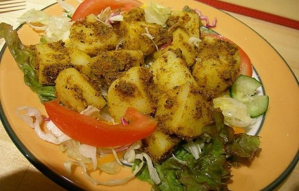 Ziemniaki z curry i kapustą