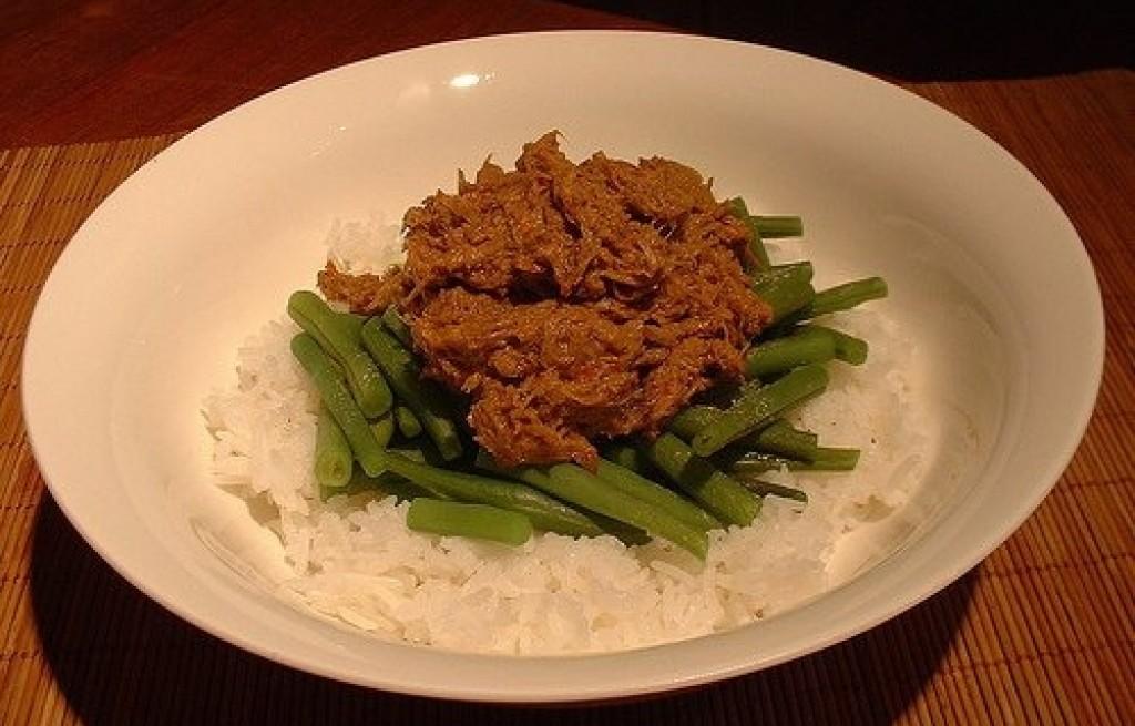 Tuńczyk z ryżem i fasolą