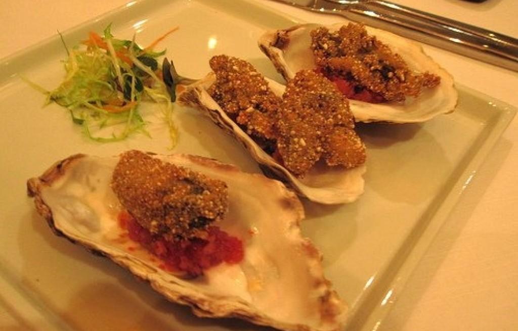 Ostrygi z soczewicą i orzeszkami
