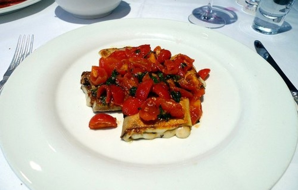Cannelloni z serem i pomidorami