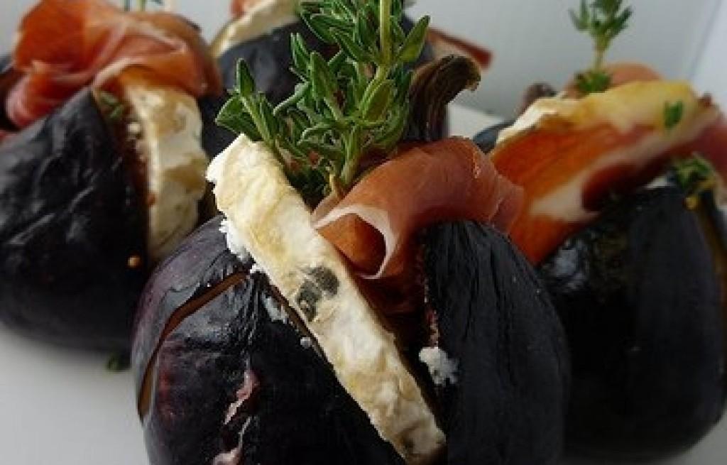 Figi zapiekane z szynką i serem