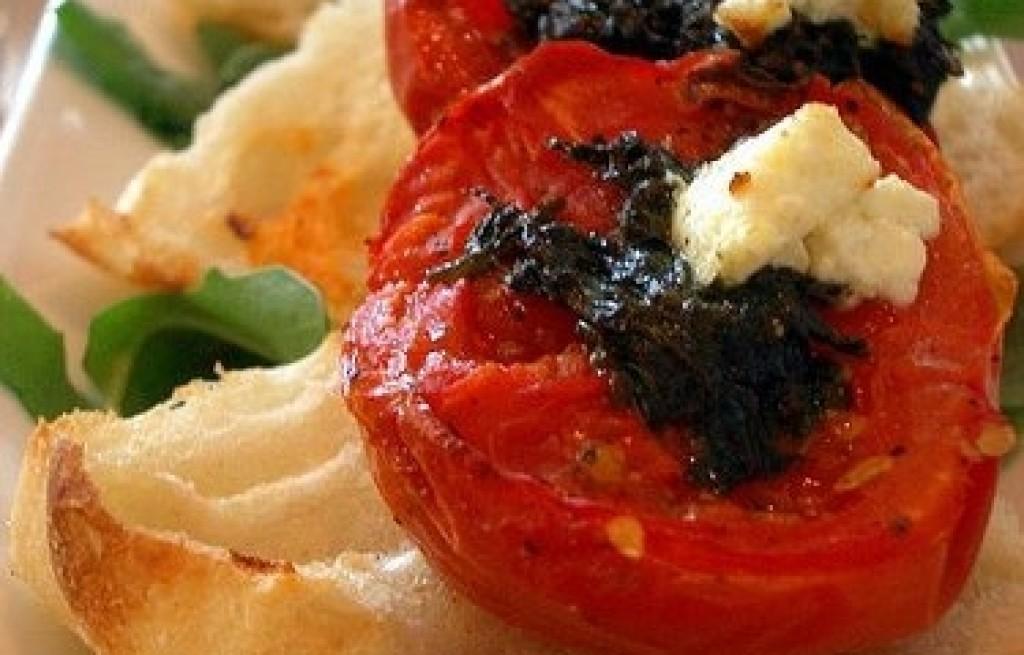 Grzanki z pieczonym pomidorem i majerankiem