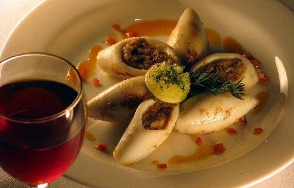 Kalmary nadziewane z winem