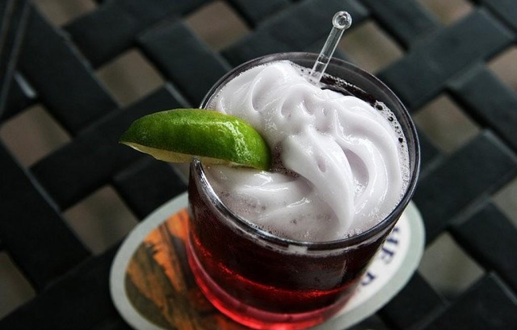 Drink jeżynowo-porzeczkowy
