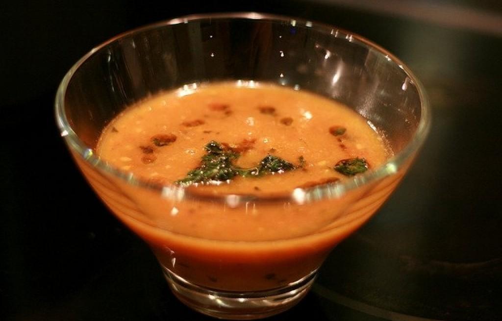Zupa z prażonych pomidorów