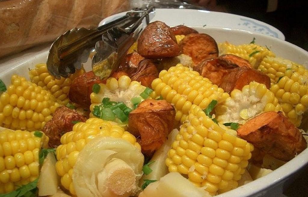 Kukurydza z batatami, marchewką i pasternakiem