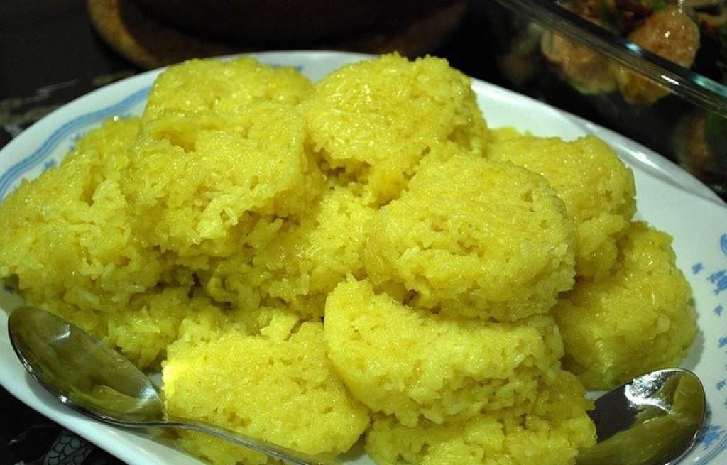 Kotlety ryżowe z curry i mleka kokosowego