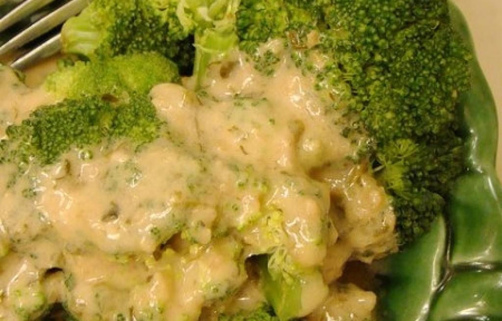Brokuł z masą sezamową