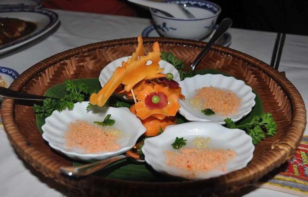 Banh Beo (ciasto ryżowe z krewetkami)