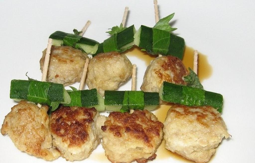 Pulpety z kurczaka i tofu