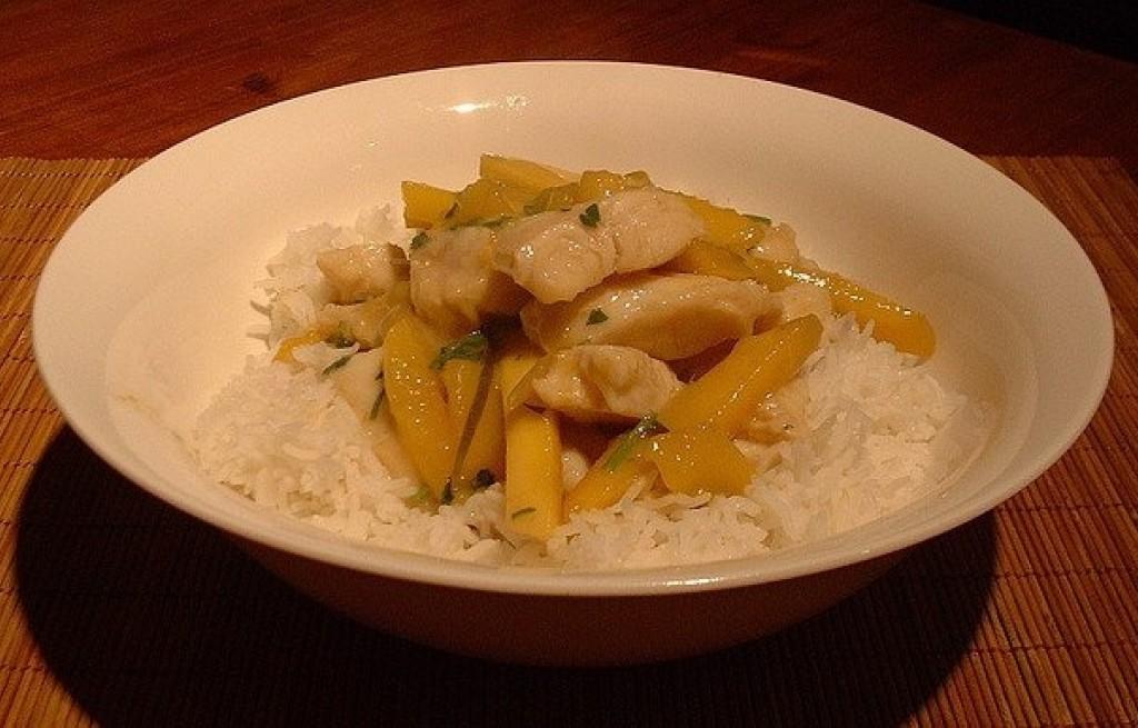 Panga z ryżem i mango