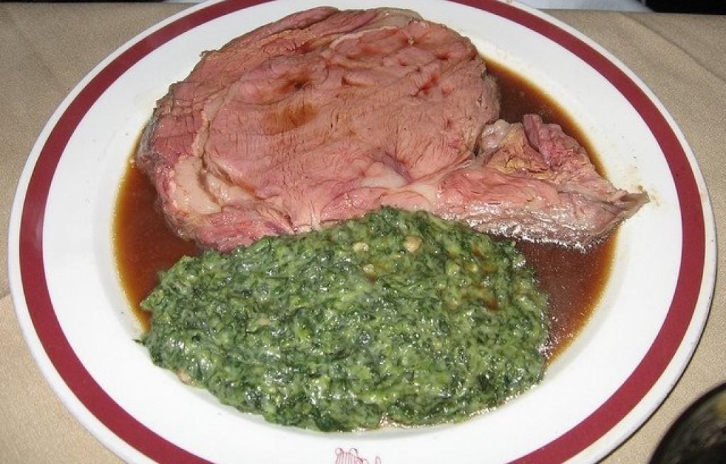 Stek wołowy ze szpinakiem i serem