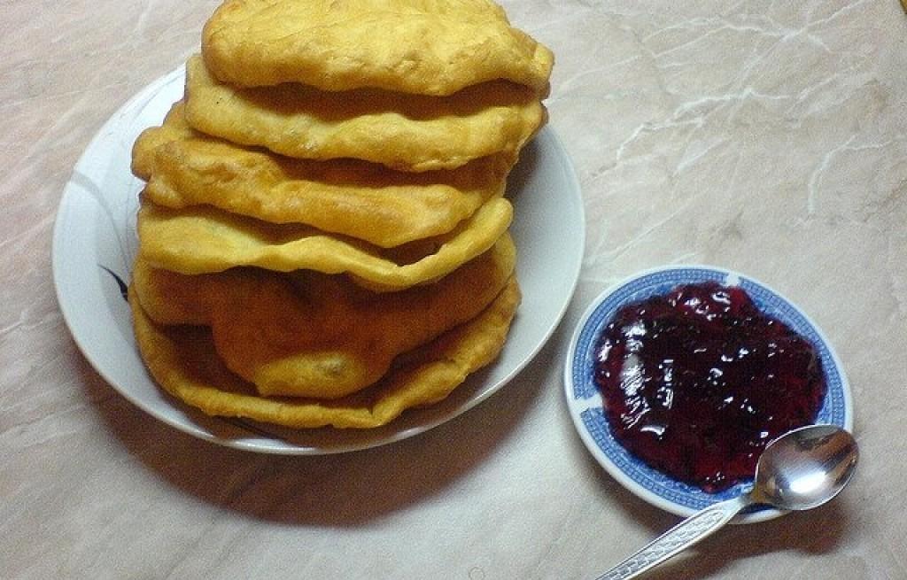 Mekici (bułgarskie pączki)