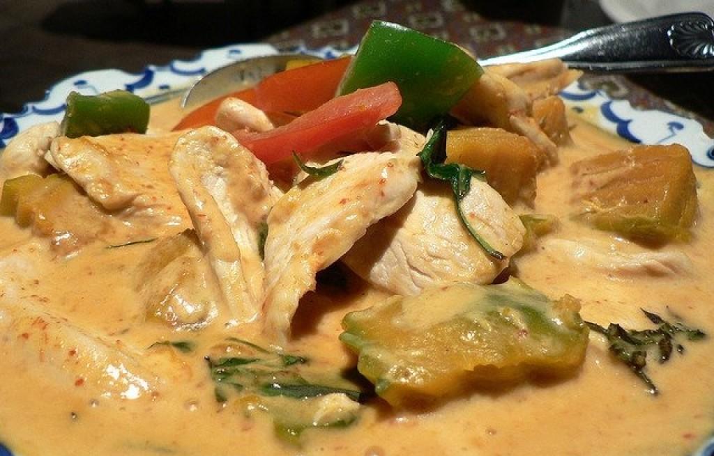 Kurczak w sosie dyniowym z curry