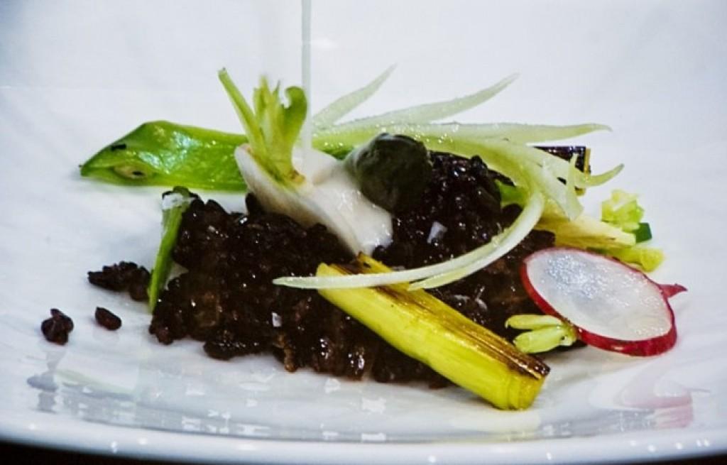 Ryż czerwony z grillowanymi warzywami