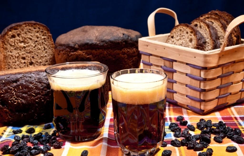 Kwas chlebowy  – o napoju i upojeniu