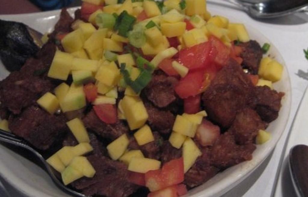 Wołowina z mango i pomidorem