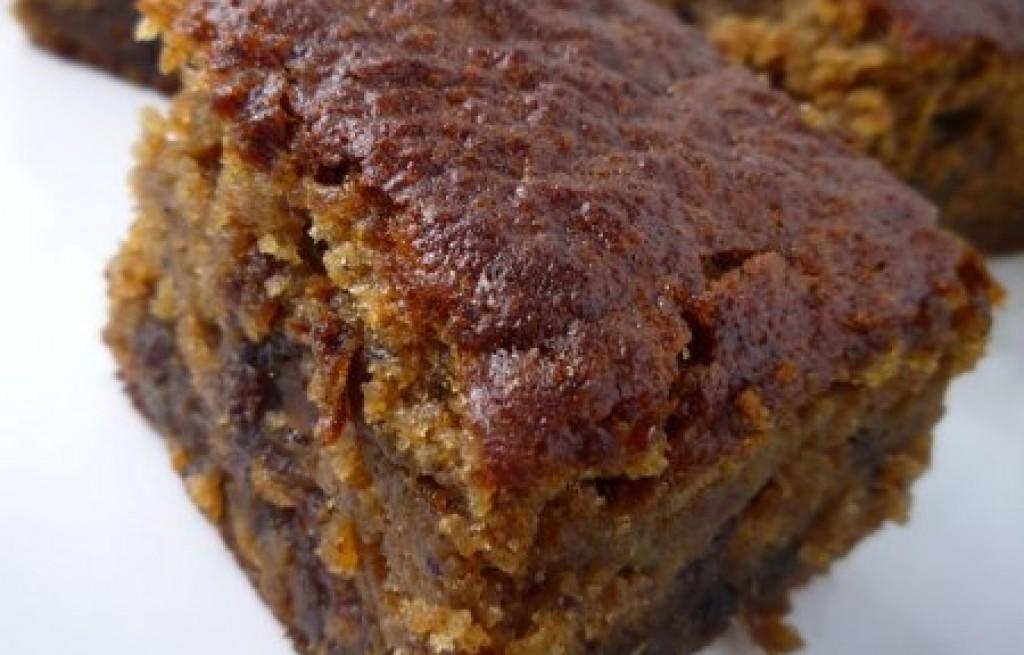 Chocolate Date And Sultana Cake