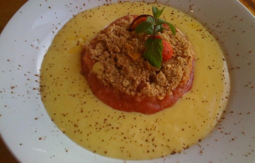 Pudding dyniowy z jabkami i śliwkami