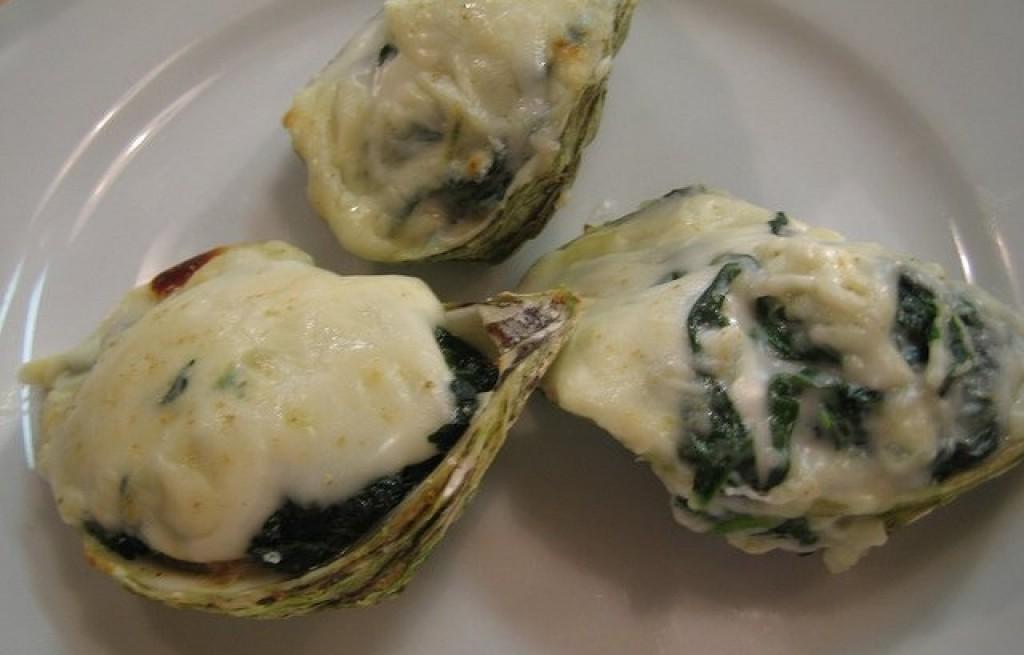 Ostrygi zapiekane z serem i szpinakiem