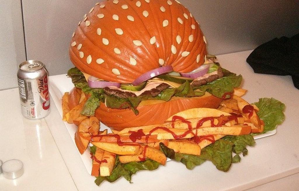 Hamburgery z dyni z frytkami