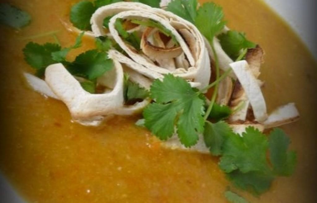 Zupa dyniowa z plackami tortilli