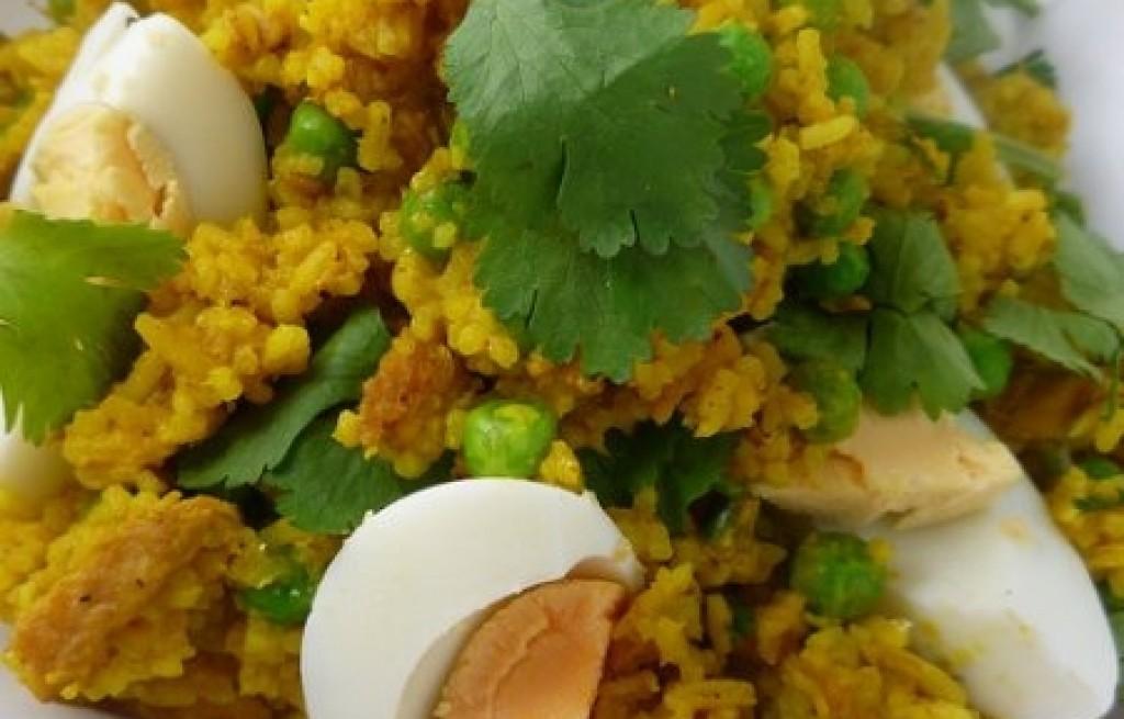 Kedgeree z makreli, ryżu i jajek