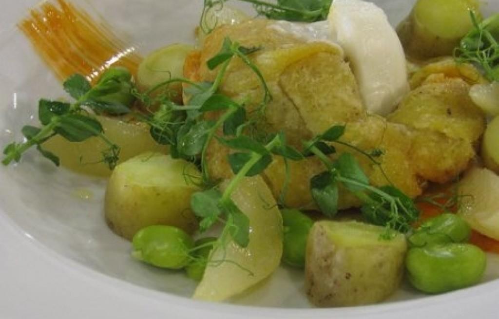 Ziemniaki z bobem i łososiem
