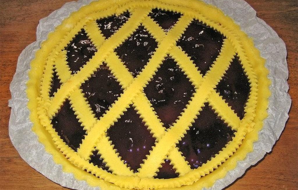 Tarta z konfiturą wiśniową