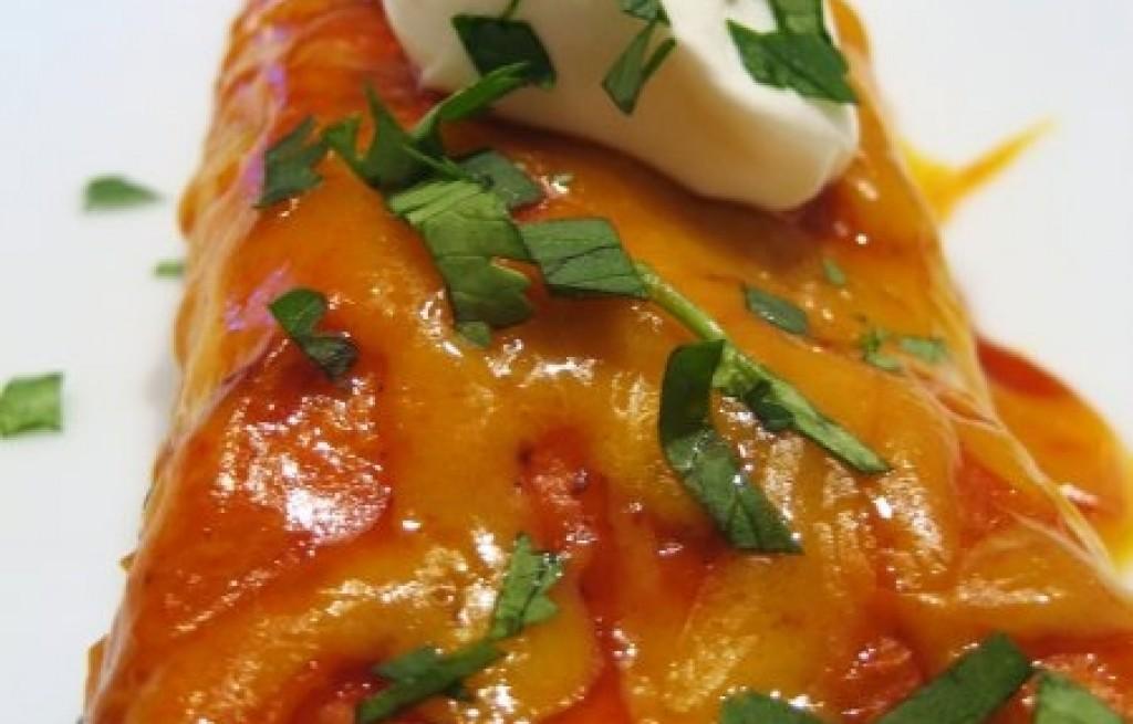 Enchiladas z pomidorów i papryki