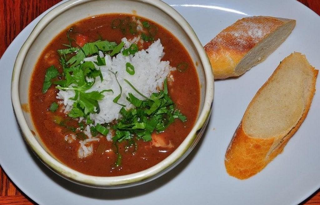 Zupa Pomidorowa Z Ryżem I Kurczakiem Przepis Smakowitypl