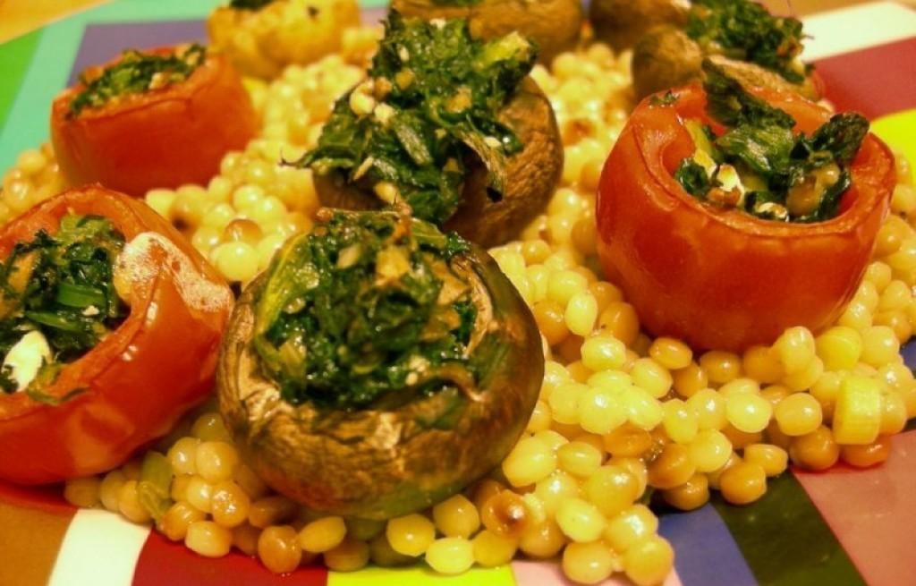 Pomidory z pieczarkami nadziewane