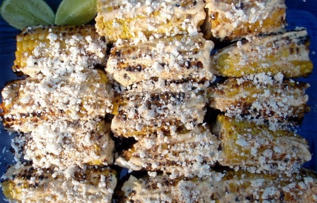 Kukurydza grillowana z serem i majonezem