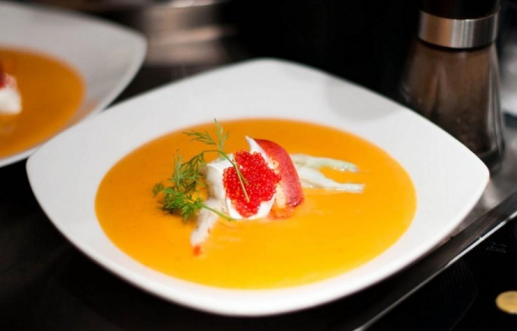 Homar w soku pomarańczowym