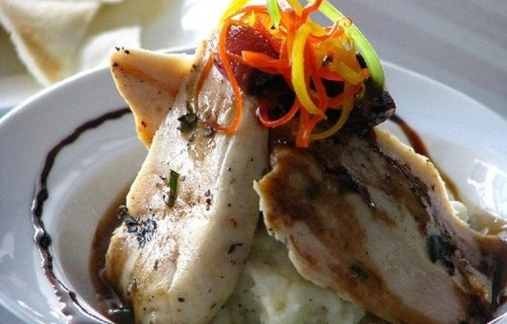 Kurczak z kalafiorem i serem twarogowym