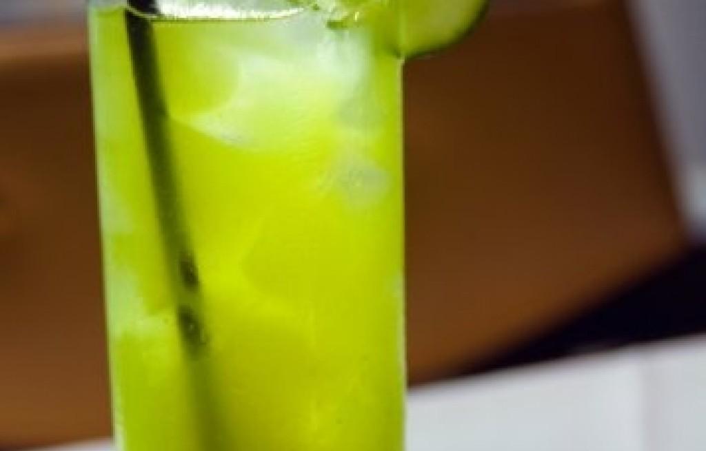 Drink ogórkowy z lawendą