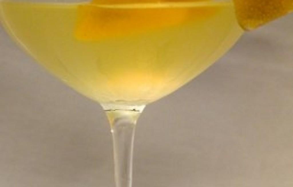 Drink miodowo-brzoskwiniowy