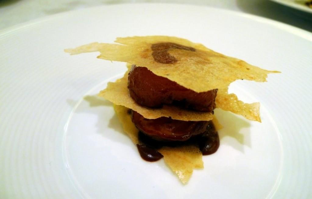 Jabłka  z tortillą w czekoladzie