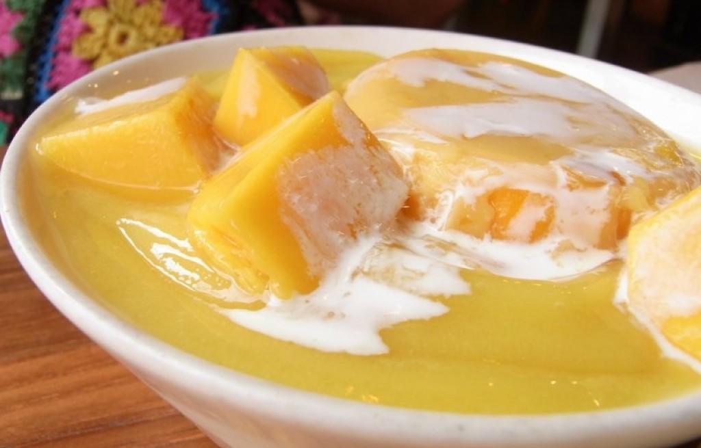 Zupa z mango i dyni