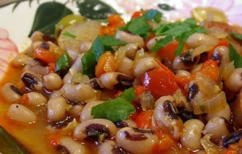 Gulasz fasolowo-oliwkowy
