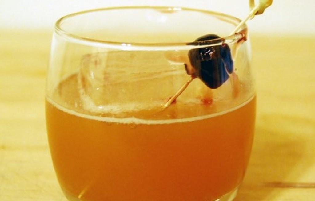 Drink jablkowy z tamaryndowcem