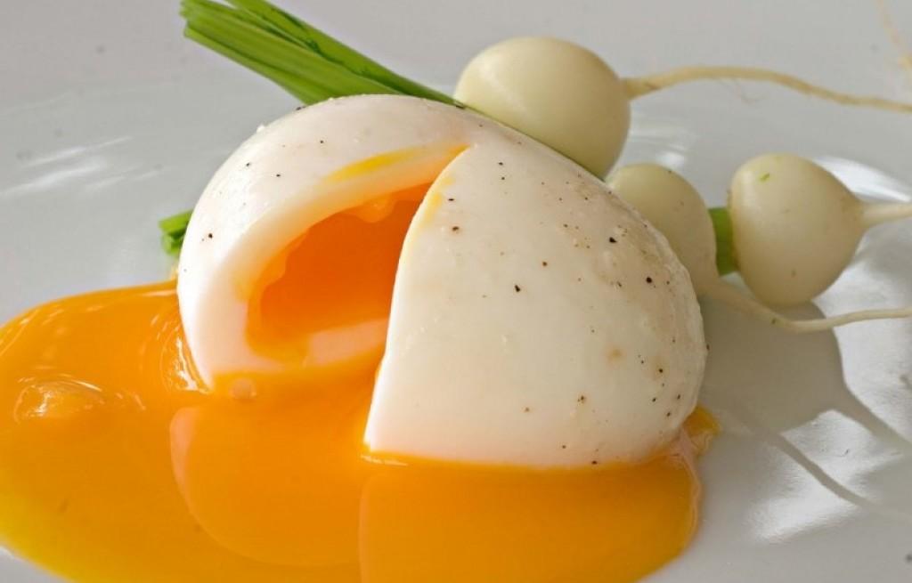 Rzepa z jajkiem i parmezanem