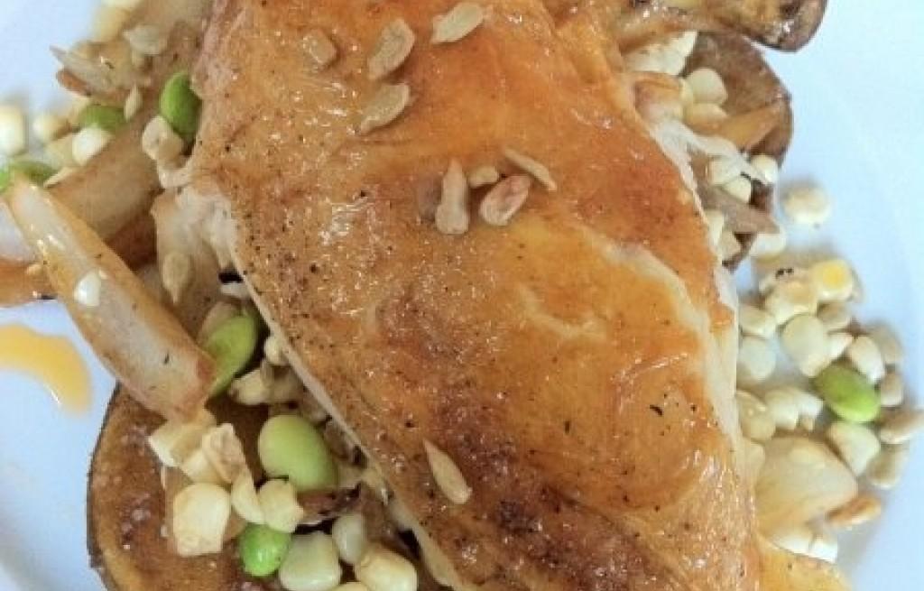 Kurczak z pieczonymi ziemniakami i bobem