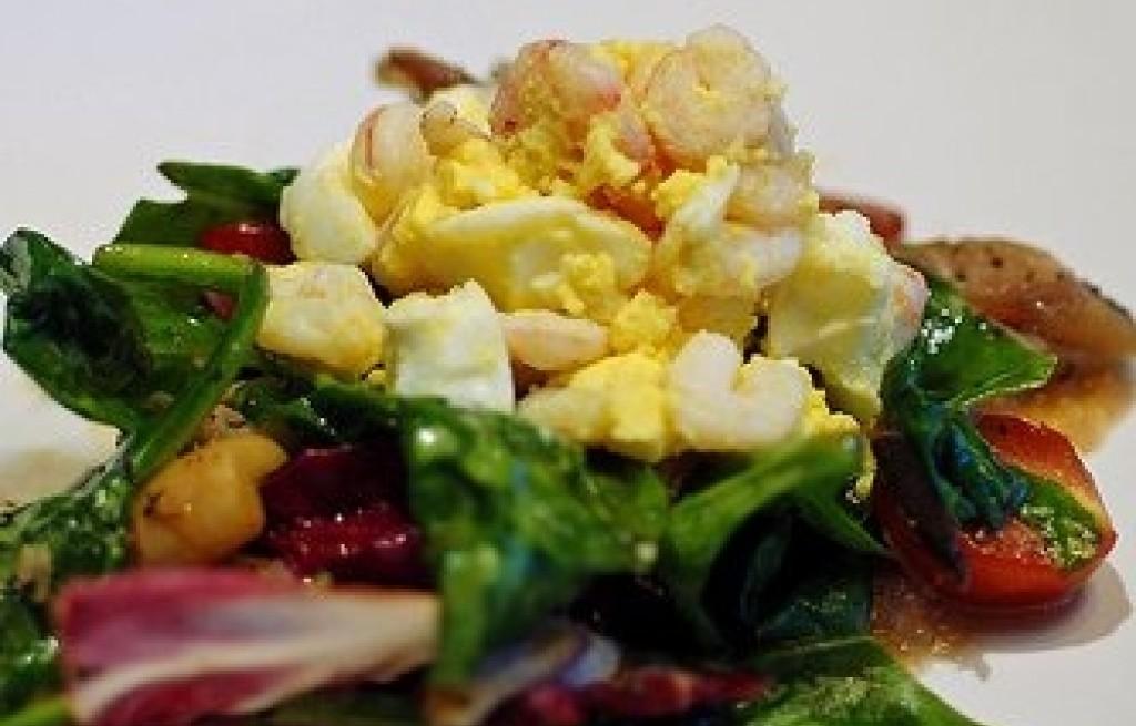 Sałatka z jaj i makreli